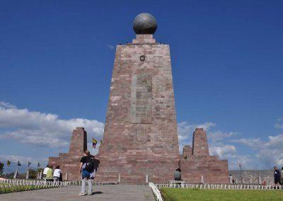 EQUATOR LINE MONUMENT