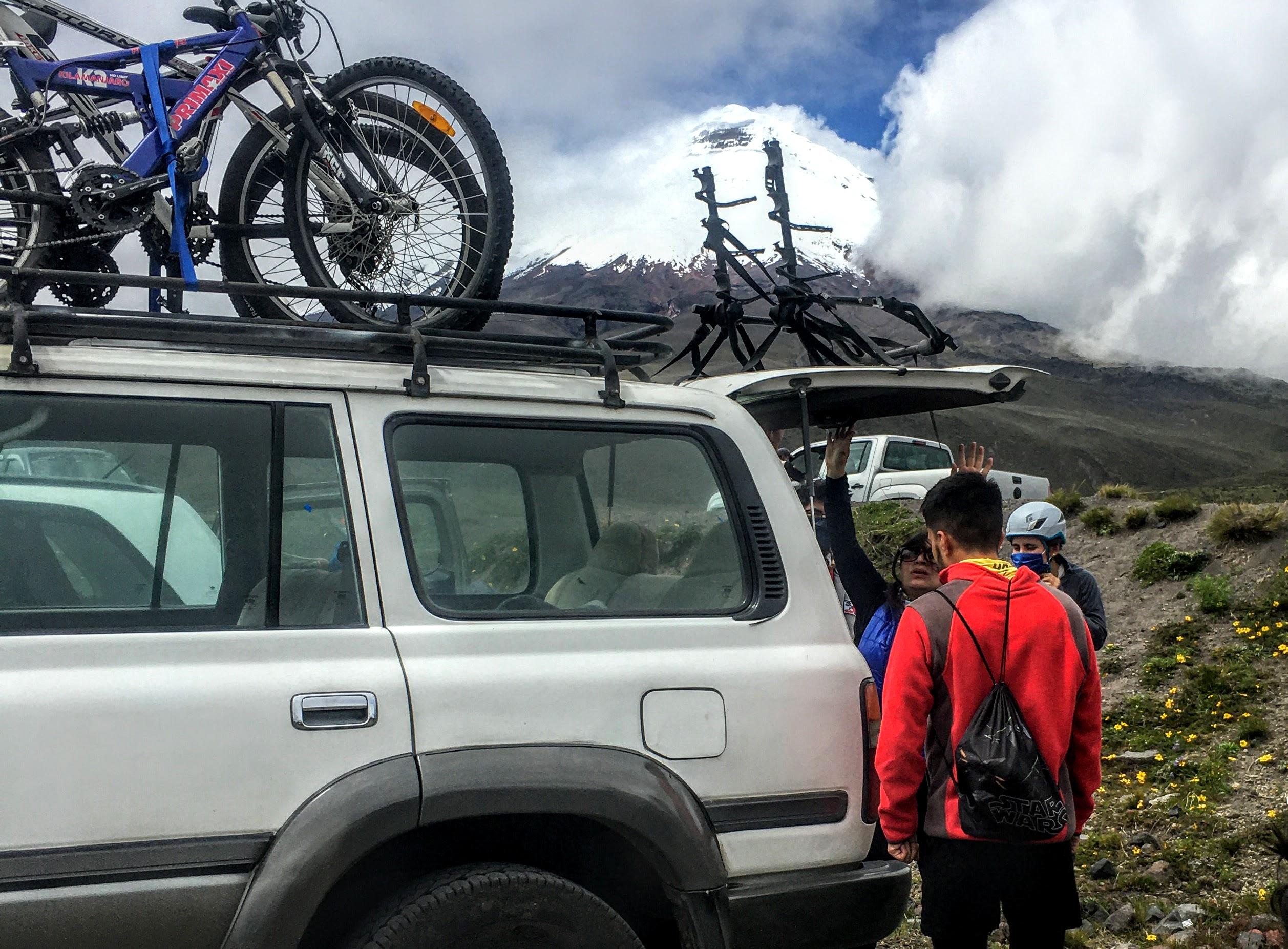 BIKING COTOPAXI ECUADOR